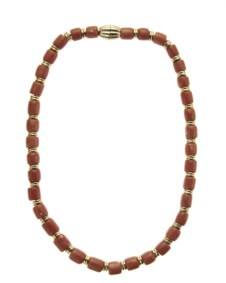 18kt yellow gold and coral necklace